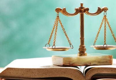 Legal education: from practical issues to the humanization of society